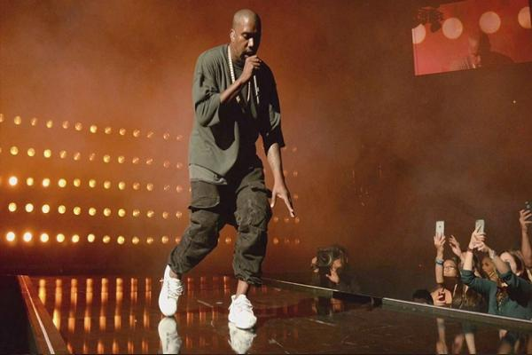 Kanye West Net Worth 2016 - Salary, Income, Earning